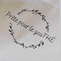 Decouvrez nos petites créations pour le joli salon de gourmandises @en_aparthe_ 🍵  Jouer avec les jeux de mots autour du thé 😊  Tote bag en coton et imprimés en Champagne  📷 @en_aparthe_ _________________________________ #sacreremois #reims #remois #remoise #personnalisation #professionnel #thé #totebag #createurremois #createurlocal #creatrice #créationoriginale
